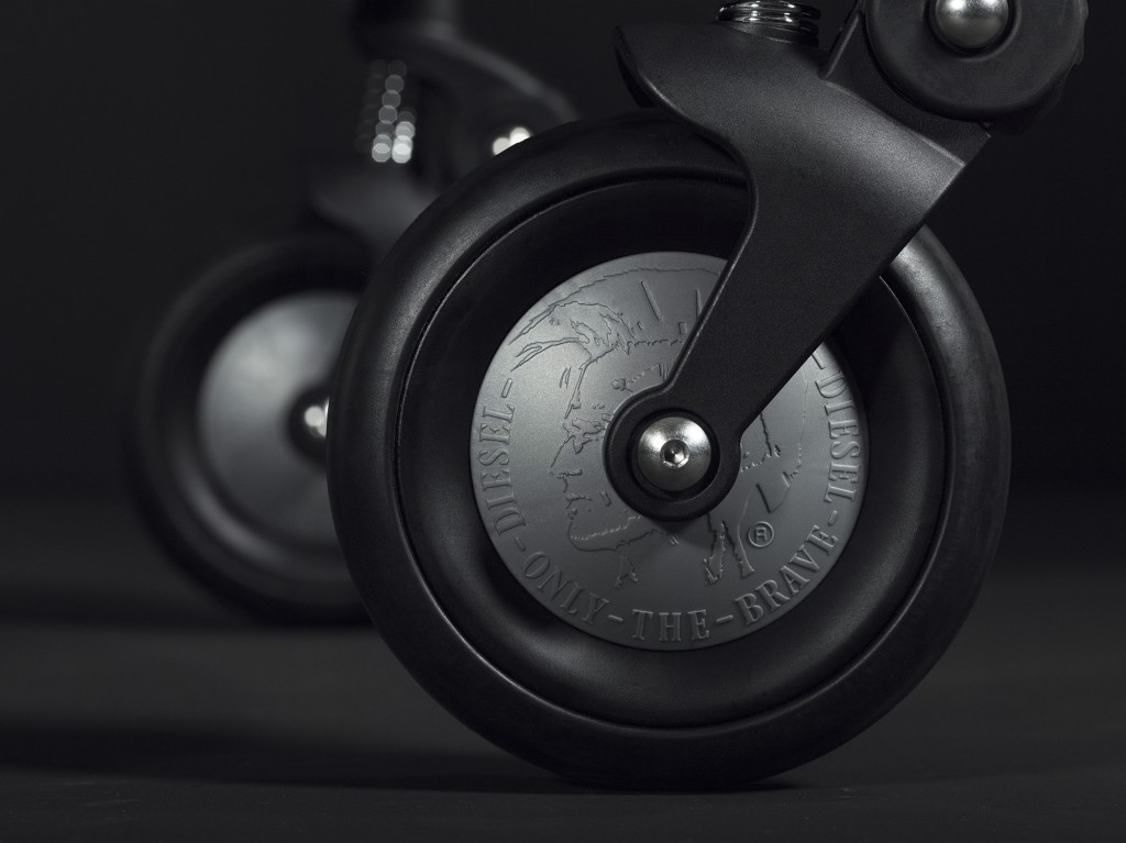 bugaboo-by-diesel-rock-collection-detail-shot-5